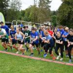 Start über 5 km der Frauen und männlichen Jugend